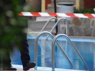 Φωτογραφία για Τετράχρονο κοριτσάκι πνίγηκε σε πισίνα ξενοδοχείου!
