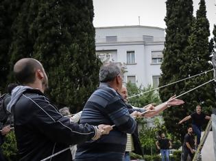 Φωτογραφία για Άγαλμα Τρούμαν: Οι περιπέτειες του πιο «μισητού» αγάλματος της Αθήνας