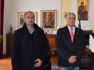 Φωτογραφία για Το τμήμα Θεσσαλονίκης της ΙΡΑ στην υφυπουργό Μακεδονίας - Θράκης