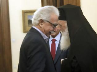 Φωτογραφία για Σκληρή στάση Αρχιεπισκόπου έναντι του Υπουργείου Παιδείας