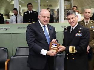Φωτογραφία για Επίσκεψη Υπουργού Άμυνας της Δημοκρατίας της Εσθονίας στο Κέντρο Επιχειρήσεων του Αρχηγείου Στόλου