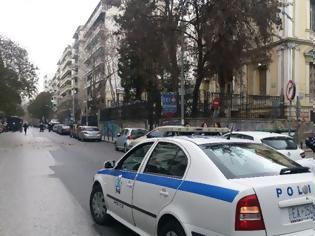Φωτογραφία για Κλέφτης για κλάματα στο κέντρο της Θεσσαλονίκης (ΒΙΝΤΕΟ)