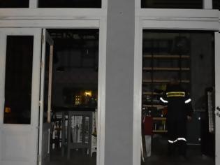 Φωτογραφία για Δύο ελαφριά τραυματίες από έκρηξη σε κατάστημα στην Παλιά Πόλη [photos]