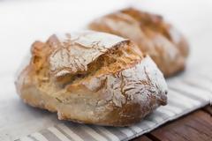 Γιατί δεν πρέπει ποτέ να αφήνεις το ψωμί στον πάγκο της κουζίνας