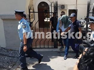 Φωτογραφία για Στις φυλακές της Τρίπολης και της Θήβας οι γονείς-τέρατα της Λέρου