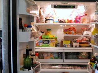 Φωτογραφία για Το ΑΝΑΤΡΙΧΙΑΣΤΙΚΟ μυστικό των ψυγείων - Οι πόρτες δεν έχουν λάστιχο μόνο για να διατηρούν τη θερμοκρασία!