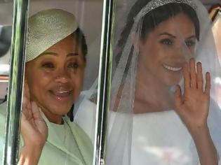 Φωτογραφία για Άφωνη η μητέρα της Μέγκαν Μαρκλ: Τι της επέβαλε το παλάτι μετά τον γάμο!