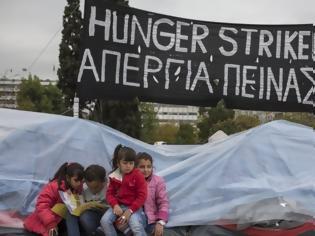 Φωτογραφία για Spiegel: Η γραφειοκρατική τρέλα στην Ελλάδα αφήνει απροστάτευτα 2 στα 3 ασυνόδευτα προσφυγόπουλα