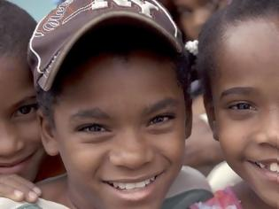 Φωτογραφία για ΣΟΚΑΡΙΣΤΙΚΟ: Μικρά κορίτσια που κατοικούν σε χωριό της Καραϊβικής μεταμορφώνονται σε αγόρια [photos - video]