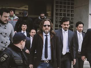 Φωτογραφία για Eλεύθεροι και οι 8 Τούρκοι στρατιωτικοί