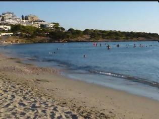 Φωτογραφία για Απόπειρα ανθρωποκτονίας σε παραλία της Σαρωνίδας