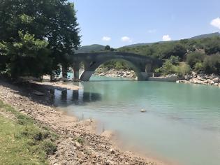 Φωτογραφία για Ξεκινούν άμεσα οι εργασίες αποκατάστασης των ζημιών των γεφυριών Τέμπλας και Αυλακίου-Εγκαταστάθηκε ο εργολάβος