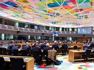 Φωτογραφία για «Ράπισμα» από Βρυξέλλες: Μειώσεις σε συντάξεις και αφορολόγητο δεν μπορούν να ακυρωθούν