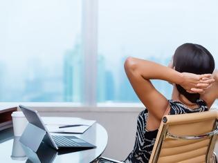 Φωτογραφία για Δες τι πρέπει να κάνεις αν η δουλειά σου είναι καθιστική