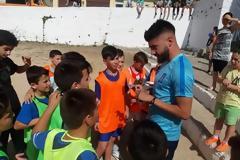 Με επιτυχία ο Ποδοσφαιρικός αγώνας μεταξύ Ε' και ΣΤ' τάξης του Δημοτικού Σχολείου Κατούνας - Κοντά στους μαθητές ο Δημήτρης Χαντάκιας του Παναιτωλικού! (ΦΩΤΟ)