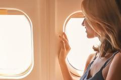 Τα 3 πιο ενοχλητικά πράγματα που μπορεί να κάνεις στο αεροπλάνο σύμφωνα με νέα έρευνα