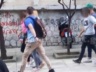 Φωτογραφία για Λαμία: Ελεύθεροι τρεις ακόμη κατηγορούμενοι για τα «μαϊμού» διπλώματα