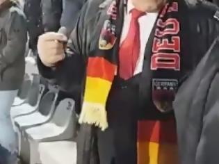 Φωτογραφία για Πάγωσε το γήπεδο: Ο Χίτλερ εμφανίστηκε σε παιχνίδι του Μουντιάλ! [video]