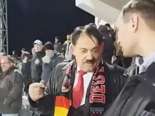 Φωτογραφία για «Πάγωσε» το γήπεδο: Ο Χίτλερ εμφανίστηκε σε παιχνίδι του Μουντιάλ!