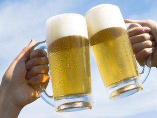 Φωτογραφία για Μικρότερο κίνδυνο εμφάνισης καρκίνου έχουν όσοι πίνουν λίγο αλκοόλ