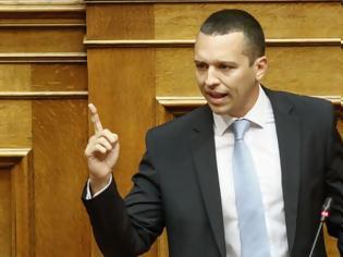 Φωτογραφία για Ηλίας Κασιδιάρης από το βήμα της βουλής: «30 χρόνια εξορία στην Μακρόνησο Τσίπρας-Καμμένος» [Βίντεο]
