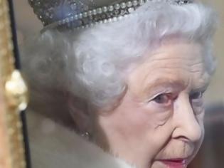 Φωτογραφία για Γιατί η Βασίλισσα Ελισάβετ δεν τρώει ποτέ μακαρόνια;