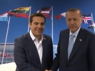 Φωτογραφία για Σε εξέλιξη η κρίσιμη συνάντηση Τσίπρα – Ερντογάν: Ο «σουλτάνος» έδιωξε δημοσιογράφους και φωτορεπόρτερ - Σκληρή γραμμή από τον πρωθυπουργό για τους Έλληνες στρατιωτικούς