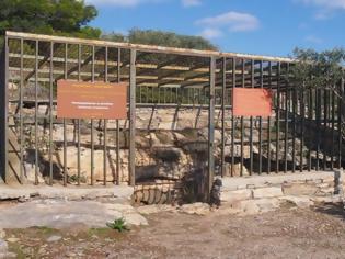Φωτογραφία για Η πόρτα στον Υμηττό που μάς οδηγεί 2.500 χρόνια πίσω στο χρόνο