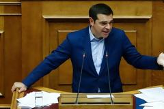 Handelsblatt: Ούτε μετά τις 20 Αυγούστου θα είναι πραγματικά ελεύθερη η Ελλάδα