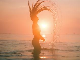 Φωτογραφία για Τέλεια μαλλιά ακόμα και κάτω από τον καυτό ήλιο
