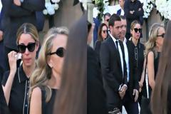 Συντετριμμένοι η Δούκισσα Νομικού και ο Δημήτρης Θεοδωρίδης στην κηδεία του Σωκράτη Κόκκαλη Jr