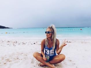 Φωτογραφία για 5 πράγματα που ΑΠΑΓΟΡΕΥΕΤΑΙ να κάνεις στην παραλία… για το καλό σου