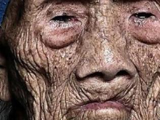 Φωτογραφία για Άντρας 256 ετών σπάει την σιωπή λίγο πριν ξεψυχήσει και αποκαλύπτει τα σοκαριστικά μυστικά του στον κόσμο