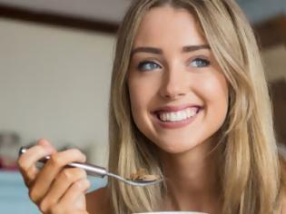 Φωτογραφία για Η τροφή που, αν τη φας για πρωινό, σού κόβει τις λιγούρες μέσα στην ημέρα