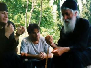 Φωτογραφία για Άγιος Παΐσιος Αγιορείτης: «Απορώ πως σε κλέβει το ταγκαλάκι, ενώ εσύ μπορείς να κλέψης τον Παράδεισο!»