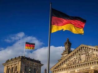 Φωτογραφία για Γερμανία: 700 επιθέσεις κατά μεταναστών μόνο τον Μάϊο και τον Ιούνιο!