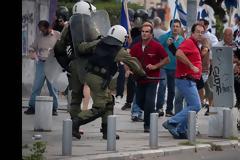 Η αυθαίρετη χρήση βίας της Αστυνομίας, οι σκοπιμότητες και ο ...Πόντιος Πιλάτος!!!
