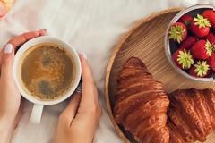 «Δίαιτα 80/20» - Βρέθηκε ο τρόπος να απολαμβάνετε τα αγαπημένα σας γλυκά, χάνοντας κιλά