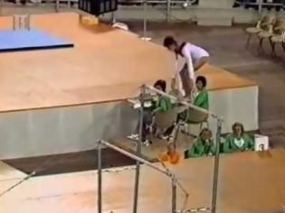 Φωτογραφία για Αθλήτρια της ενόργανης έκανε αυτή την κίνηση, και μπήκε στην ιστορία! [video]