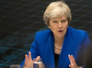 Φωτογραφία για Βρετανία: Εκνευρισμένη η Μέι από τις εικασίες για το πολιτικό μέλλον της