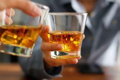 Εθνικό Σχέδιο Δράσης για τις συνέπειες της υπερβολικής κατανάλωσης αλκοόλ από το υπουργείο Υγείας