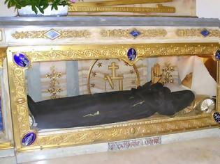 Φωτογραφία για Η Αγία Αικατερίνη πέθανε το 1876 – Όταν όμως την ξέθαψαν και είδαν το σώμα της όλοι μίλησαν για...