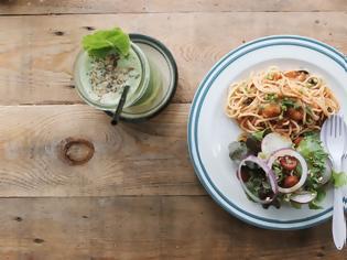 Φωτογραφία για Οι τροφές που σου προκαλούν καούρες - Τι να κάνεις και τι να τρως για να τις αντιμετωπίσεις