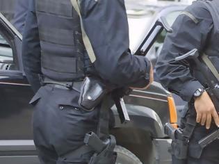 Φωτογραφία για Καταγγελία των Ειδικών Φρουρών: «Στέλνουν ειδικές δυνάμεις της αστυνομίας για να κόψουν το ρεύμα σε σπίτια πολιτών»