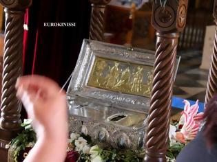 Φωτογραφία για ΑΝΑΤΡΙΧΙΑΣΤΙΚΟ! Τι συμβαίνει με όσους ασπάζονται το άφθαρτο χέρι της Αγίας Μαρίας της Μαγδαληνής