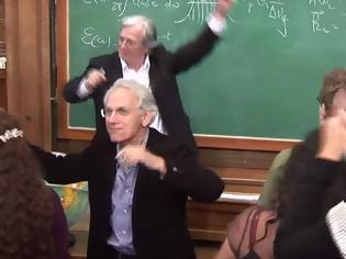 Φωτογραφία για Αντιδράσεις προκαλεί αμφιλεγόμενο βίντεο του φετινού Νομπελίστα Φυσικής Gerard Mourou