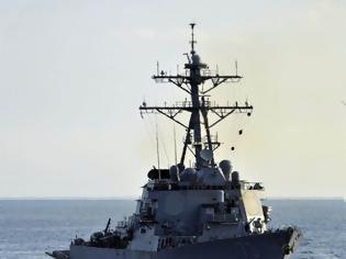 Φωτογραφία για Νότια Κίνα: Κινεζικό πλοίο αναγκάζει αμερικανικό αντιτορπιλικό να αλλάξει πορεία