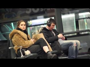 Φωτογραφία για Ακούγοντας δυνατά μουσική κατά λάθος [video]