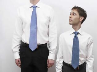 Φωτογραφία για Από τι κινδυνεύουν περισσότερο οι ψηλοί άνθρωποι;