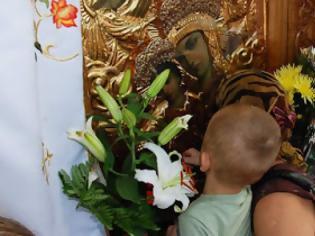 Φωτογραφία για «Πῶς θά πείσεις τό παιδί σου νά πάει στήν ἐκκλησία; Νά τό θέλει ἀπό μόνο του νά πάει. Ὄχι νά τό καταπιέζεις»
